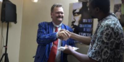 « FAISONS UN GESTE » : La diaspora burkinabè de Suède fait un geste de plus de 1,5 millions de FCFA