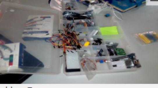 Le projet « Jeunes Ambassadeurs » initie les jeunes à la fabrication des robots
